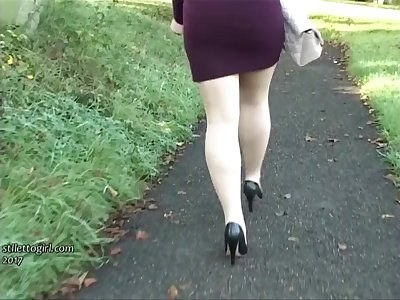 Leggy babe Lauryn makes your shoe fetish rise and high heel juices flow