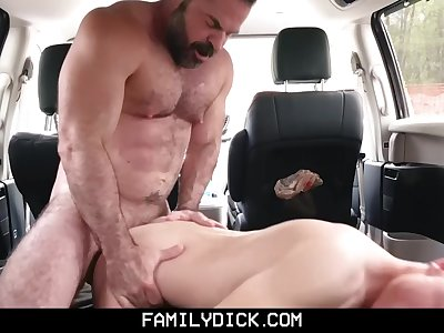 FamilyDick - Son is punished by angry dad through hardcore breeding